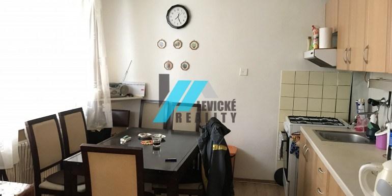 levicke-reality.sk