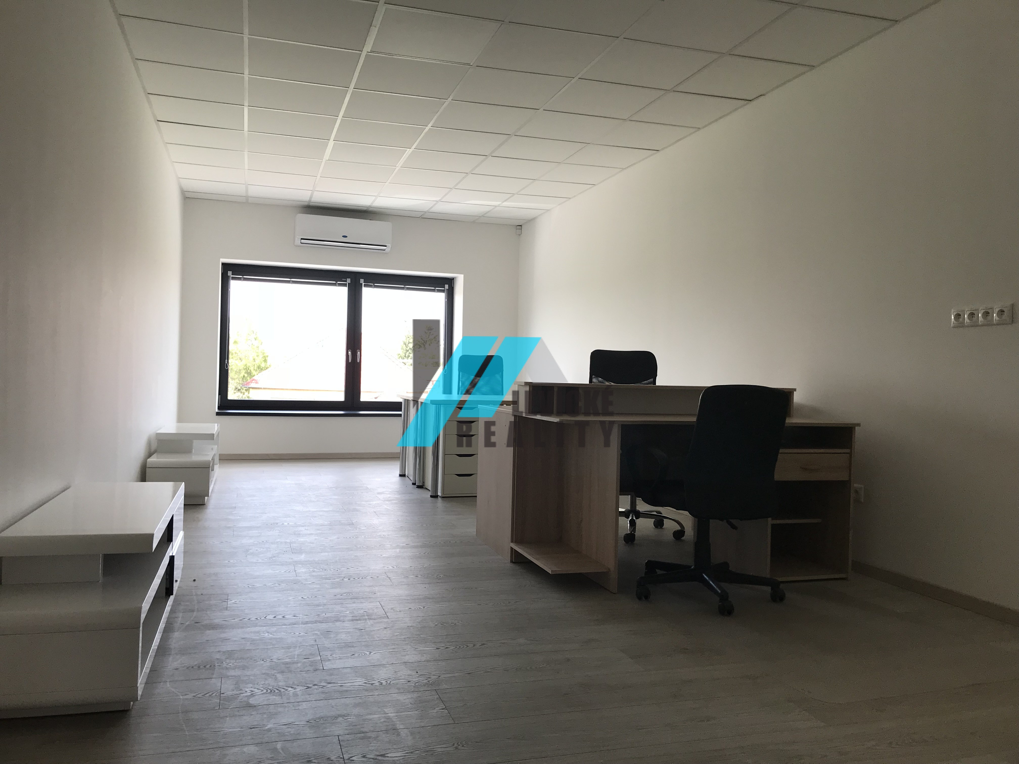 Ponúkam do prenájmu krásne, nové, vybavené kancelárske priestory.