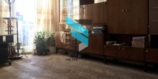 Ponúkam na predaj 3 izbový byt v centre mesta Levice na ulici M.R.Štefánika.