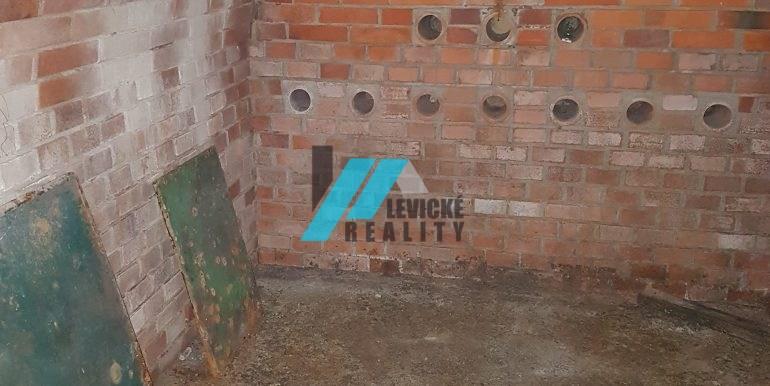 Levické-reality 9